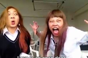 You won`t regret seeing this hilarious Japanese lip sync from Frozen