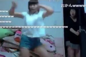 This mother`s face when she catches her daughter dancing in front of a webcam is priceless!