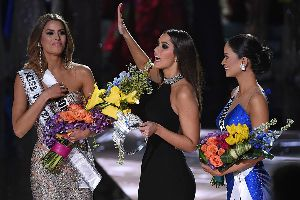 Steve Harvey might ruin his career when he announced the WRONG winner of the Miss Universe pageant on sunday