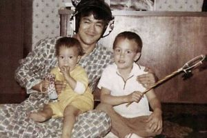 Heartwarming Family Photos of the Martial Arts Legend Bruce Lee You Have Never Seen Before(25 pics)