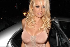 These Celebs Were Once Rich But Now They are  `Dead Broke` (10 pics)