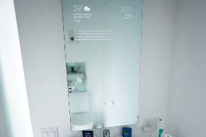 Coolness alert! Google Engineer Turns His Bathroom Mirror into Awesome Futuristic High-Tech Device
