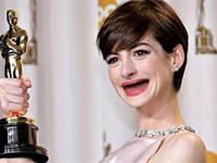Photos of 27 Actresses Without Teeth Will Haunt Your Dreams