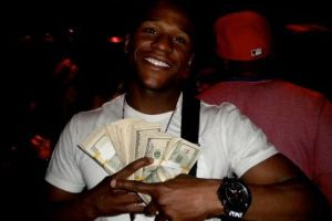A quick look into Floyd Mayweather`s Privileged LifeStyle (27 pics)