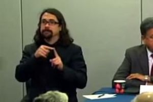 Go Viral Today: Sign Language Interpreter Steals The Show At Ebola Press Conference