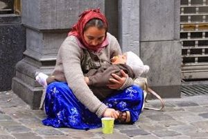 Find Out Why The Child In The Arms Of This Beggar Is ALWAYS Sleeping. The Truth Will Shock You