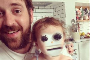 20 Face swaps that are so creepy they make you laugh hard.