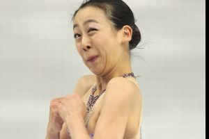 Figure skating is so graceful and the skaters so lovely. Here are their faces to prove it…(22 pics)