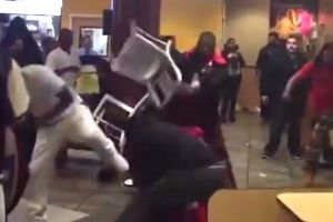 5 Arrested and a Pregnant Female Taken To Hospital After Thugs Viciously Beat Another Man With Aluminium Chairs Inside McDonald`s