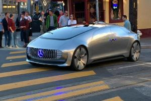 The Driverless Mercedes That`s Driving Around San Francisco Blowing Everyone`s Mind!