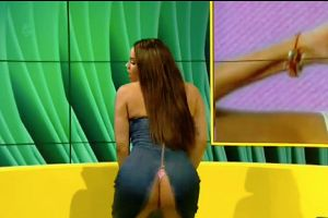 Contestant on UK Big Brother split her dress open on live TV while twerking for the crowd, exposes her lacy undergarments!