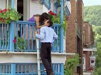 Mean mother in law breaks the kiss of Romeo and Juliet