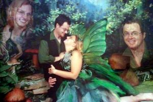 20 Weird Photos Of Couples In Love That Defy All Logic