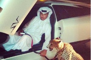 Rich guys with lions of instagram is the new trend to show off your wealth and power (21 pics)