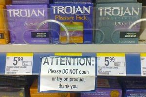 20 Funny Signs Spotted in the Wild