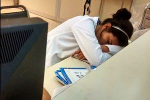 A Blog Posted Photos Shaming A Doctor For Sleeping On The Job, What Happened Next Is Far Beyond Your Imaginations