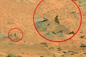 7 Photos From Mars That Will Make You Believe In Aliens - Or... Rocks