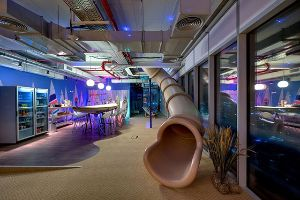 Holy Hell, Google sure knows how to design an office and makes your dream workplace come true (30 pics)