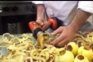 Watch amazingly fast apple peeler with Power Drill