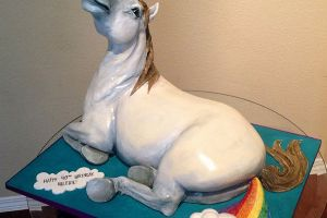 Time to try something new and interesting! How about a Unicorn Farting A Rainbow cake (3pics)