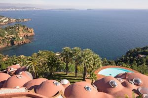 Something you shouldn`t miss to enjoy: The Most Expensive Home In Europe (10 pics)