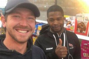 This Small Act Of Kindness Will Brighten Your Day (4 pics)