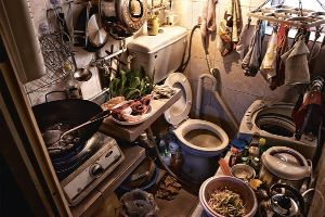 Photographer Shows The Reality of Life for 200,000 Hong Kong Residence (16 pics)