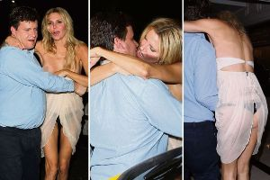 Extremely Drunk Celebrities Caught Wardrobe Malfunction by paparazzis(12 pics)