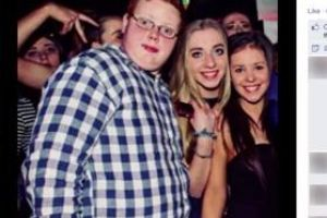 Overweight teen sheds 3.5 stone after embarrassing night club photo