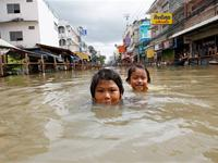 Thailand is fighting with the worst flooding ever in the past 50 years