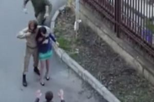 Soldier`s Heroic Moment is All for Nothing - Soldier Rescues Kidnapped Girl , But Doesn`t Realize She`s On A Film Set!