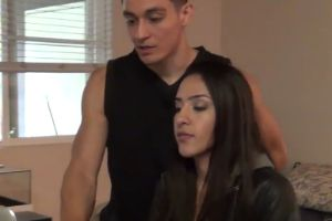 This Pretty Girl Catches Her Boyfriend Cheating and Her Reaction Is Priceless