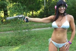 The Farm Girl Who Makes a Living by Doing Everything in a Bikini on Youtube (8 pics + 2 gifs)