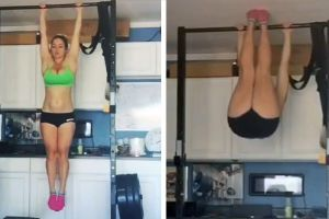 This Girl`s Ab Strength Is Impressive