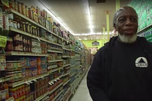 Watch man`s shock at encountering the modern world after spending 44 years in jail
