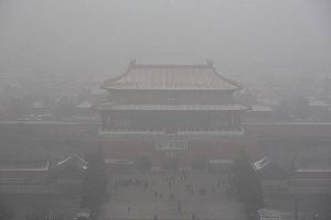 Shocking Before and After Photos Show The Devastating Air Pollution In Beijing. (10 pics)