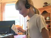 Funny Kids Reactions to 1980`s Technology