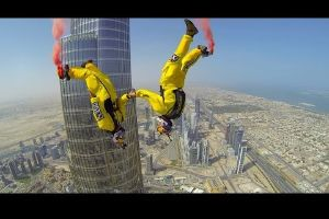 Video: Base jumpers leap off 2,716-foot tall skyscraper in Dubai to break world record