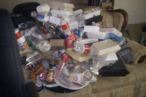 And I thought I am a messy person, someone is even worser than me! (6 pics)